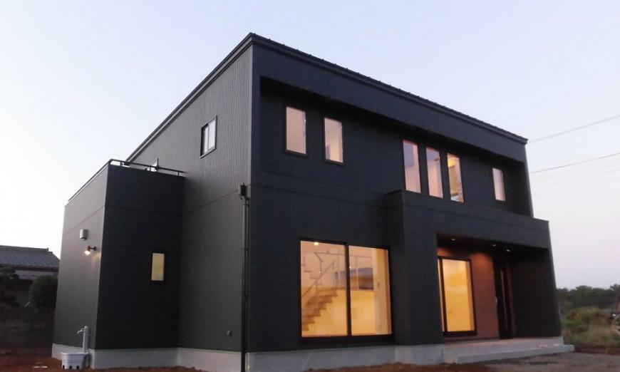 開放的な吹抜け空間のある家のイメージ